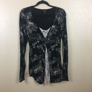 Daytrip floral and lace top sz L